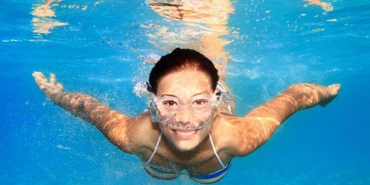 купание-в-контактных-линзах